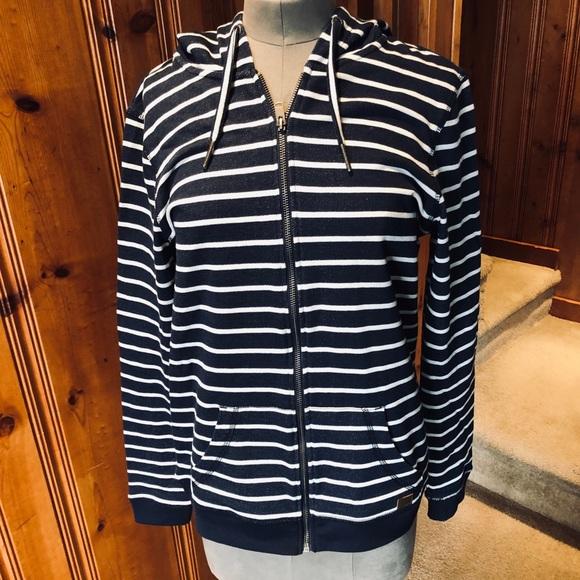 Roxy Tops - Roxy zip up sweat shirt with hood.